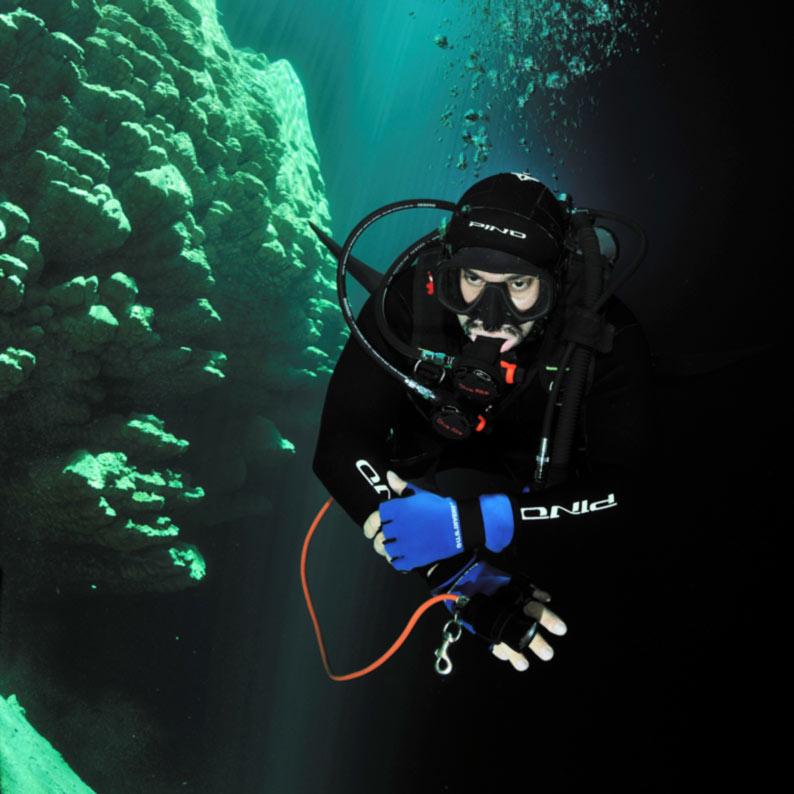 Segurança na aventura - mergulho no Abismo Anhumas